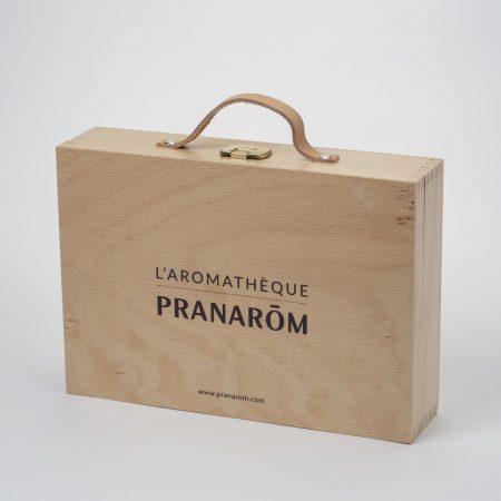 https://www.pranarom.co.jp/wp/wp-content/uploads/2021/05/pranarom-box2_b-450x450.jpg
